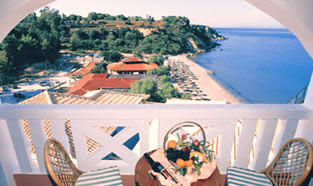 Louis imperial zante hotel zakynthos island in greece for The balcony hotel zante